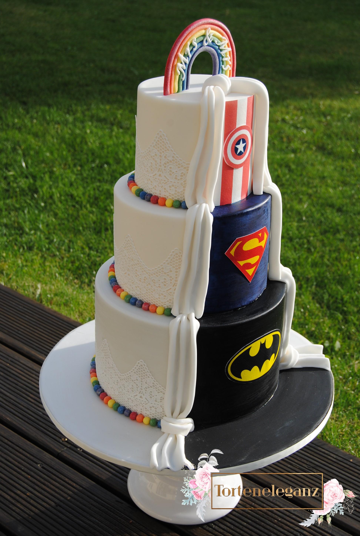 Hochzeitstorte Im Marvel Superhelden Design Torteneleganz
