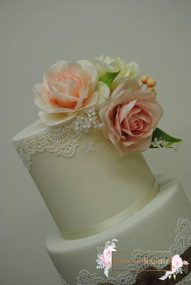 Rustikale Vintage Hochzeitstorte Torteneleganz
